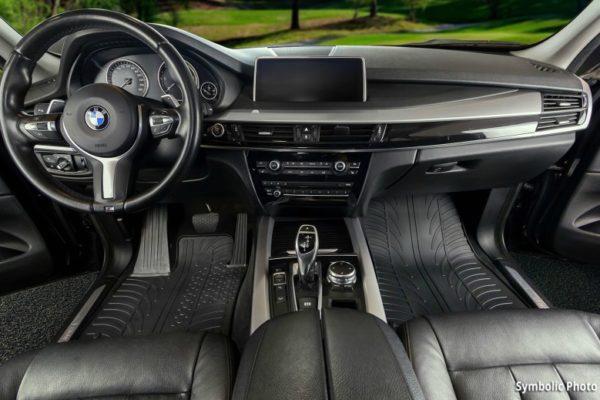 Gumeni tepisi za auto pružaju mnoge prednosti